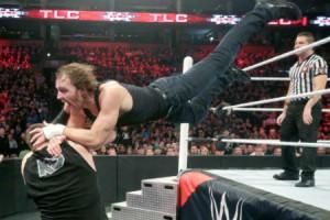 TLC 2015 - Ambrose vs Owens